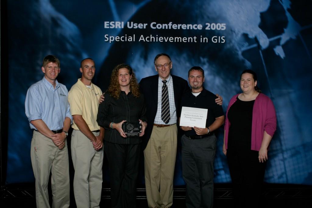 ESRI_SAG_Award_2005